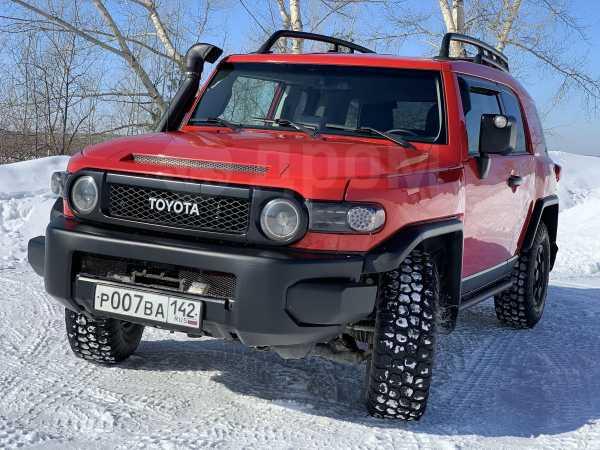 Toyota FJ Cruiser, 2012 год, 1 890 000 руб.