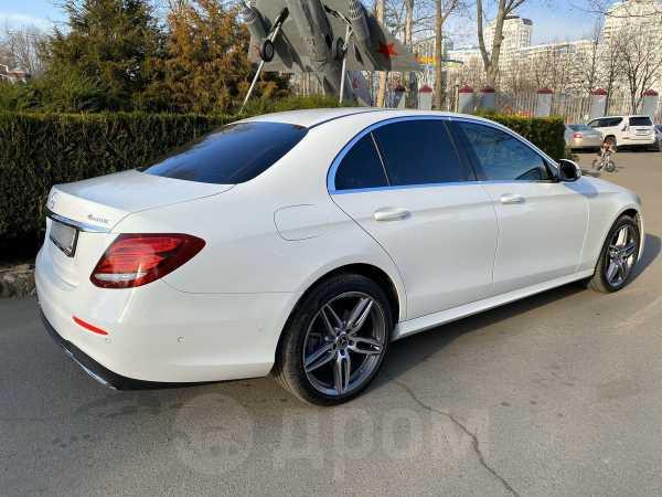 Mercedes-Benz E-Class, 2019 год, 2 650 000 руб.