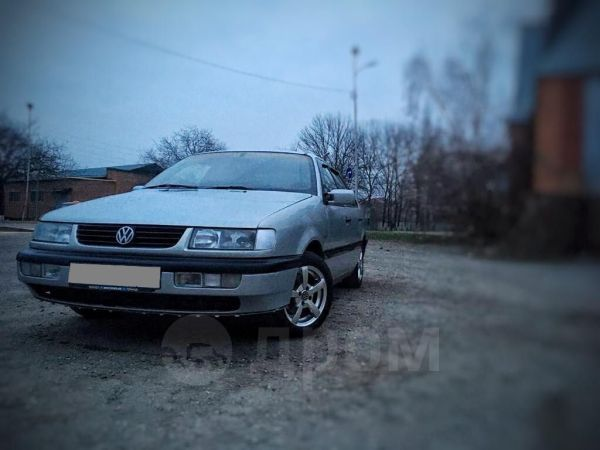 Volkswagen Passat, 1996 год, 140 000 руб.