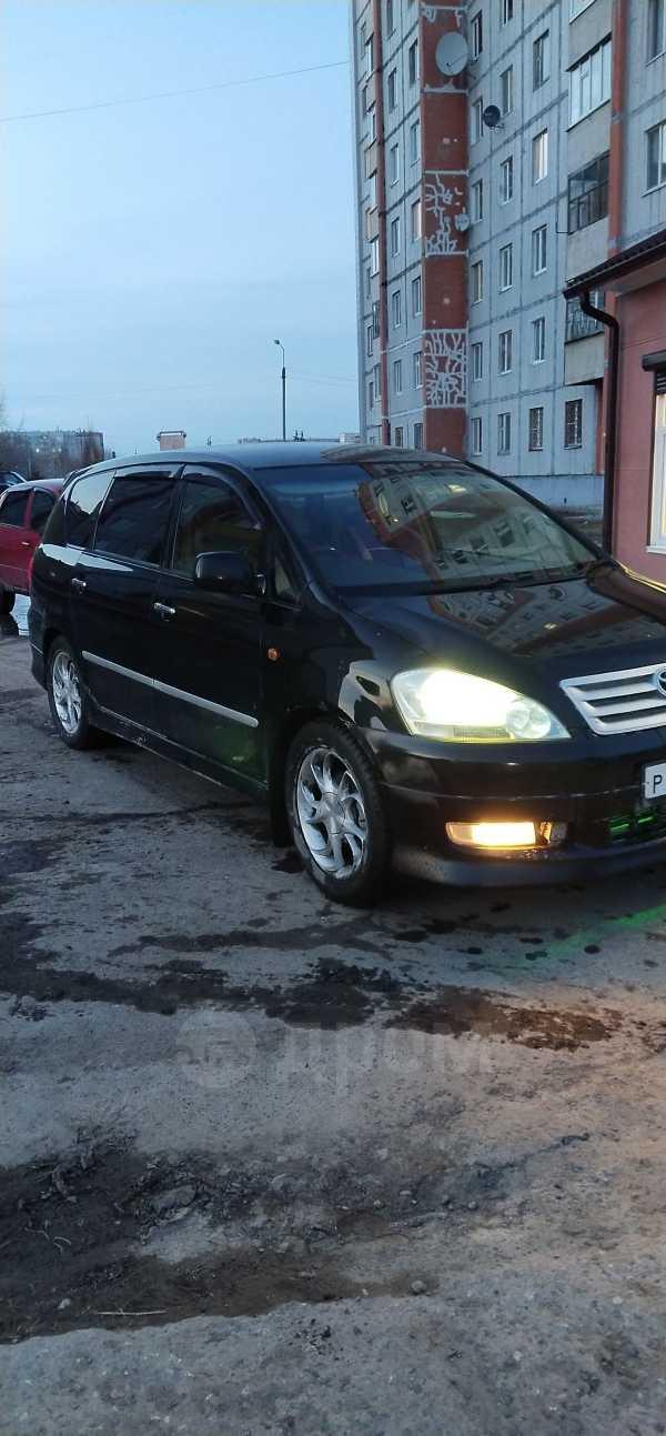 Toyota Ipsum, 2004 год, 515 499 руб.