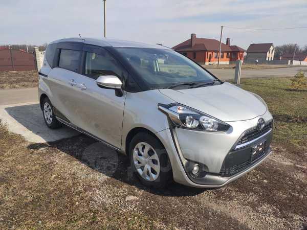 Toyota Sienta, 2016 год, 850 000 руб.