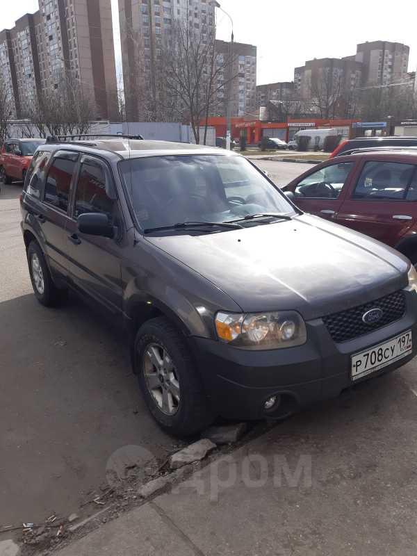 Ford Escape, 2004 год, 264 000 руб.