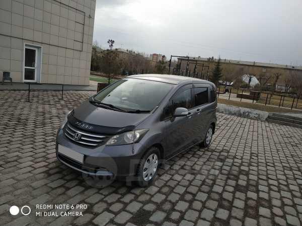 Honda Freed, 2010 год, 630 000 руб.