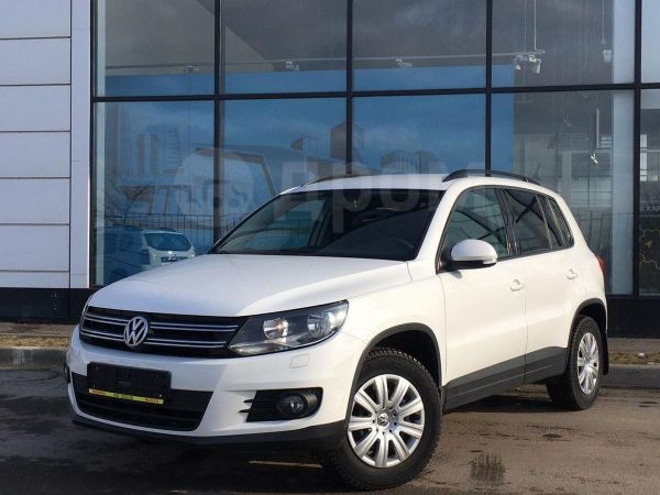Volkswagen Tiguan, 2012 год, 590 000 руб.