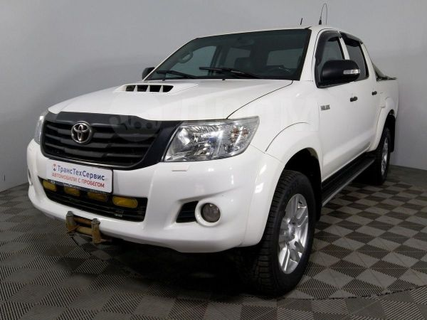 Toyota Hilux Pick Up, 2013 год, 1 077 000 руб.