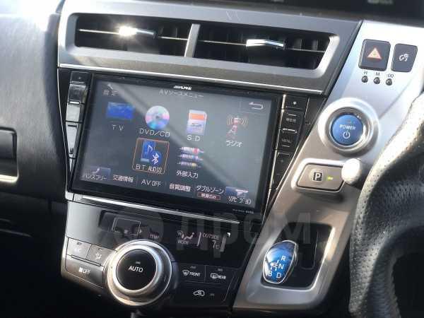 Toyota Prius a, 2015 год, 1 035 000 руб.