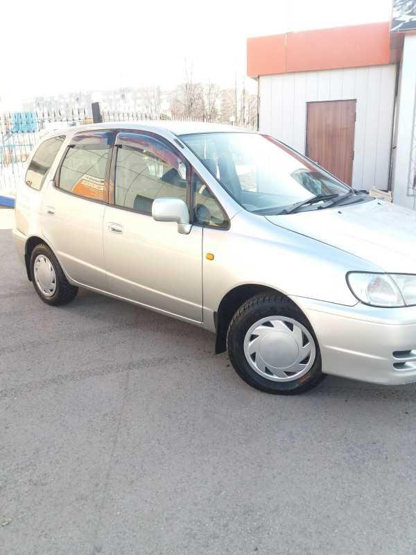 Toyota Corolla Spacio, 2000 год, 285 000 руб.