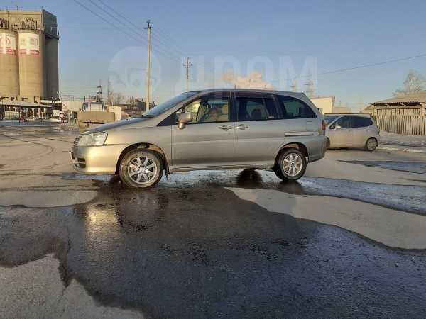 Nissan Liberty, 2004 год, 210 000 руб.