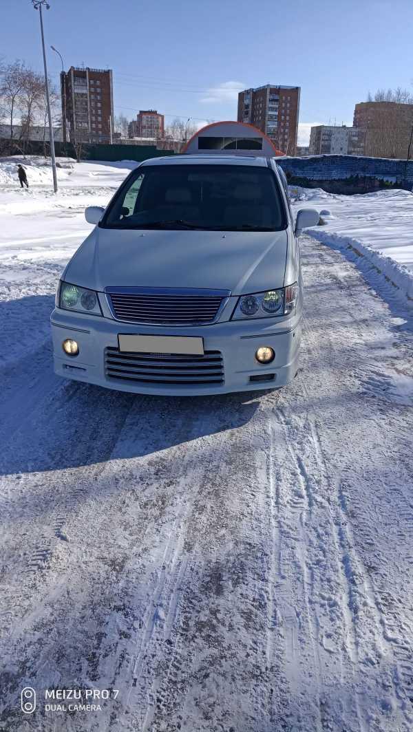 Nissan Presage, 2000 год, 295 000 руб.