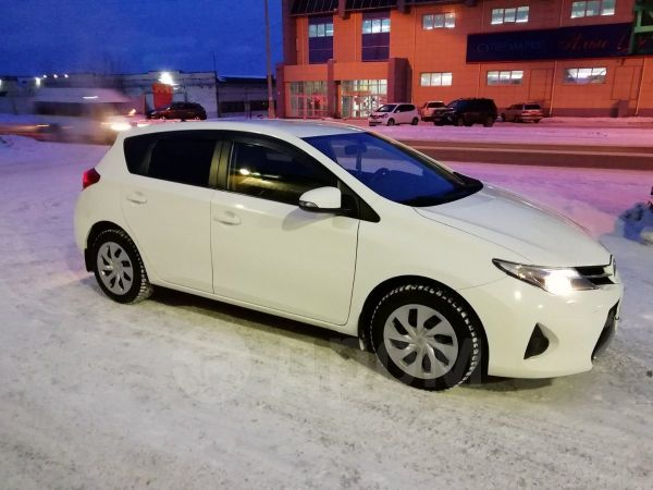 Toyota Auris, 2014 год, 810 000 руб.