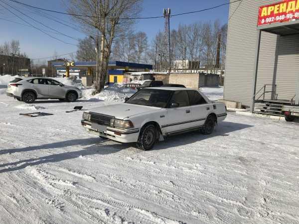Toyota Crown, 1988 год, 77 000 руб.