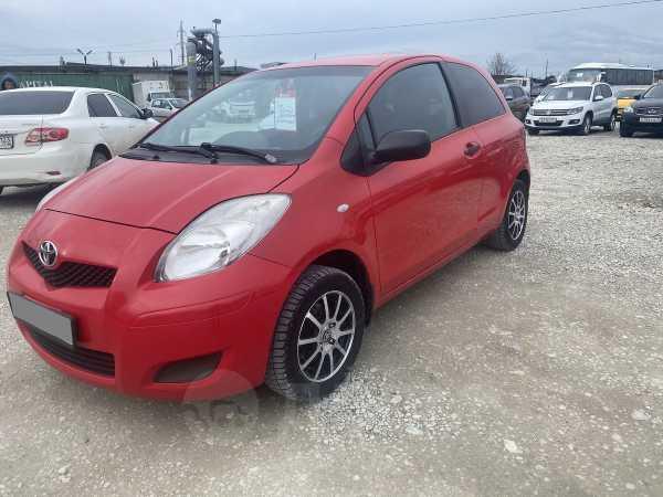 Toyota Yaris, 2010 год, 290 000 руб.