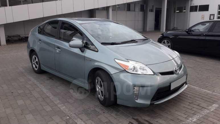 Toyota Prius, 2013 год, 650 000 руб.