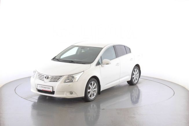 Toyota Avensis, 2010 год, 735 000 руб.