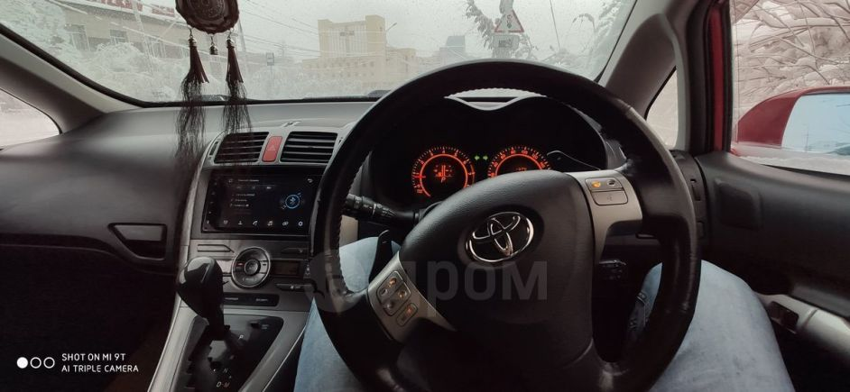Toyota Auris, 2006 год, 445 000 руб.