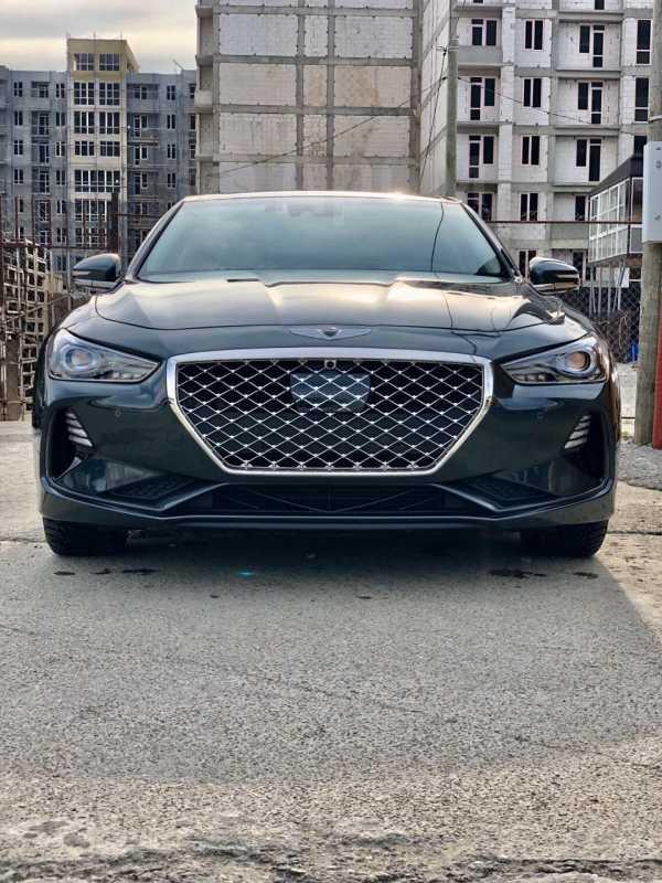 Genesis G70, 2018 год, 2 000 000 руб.