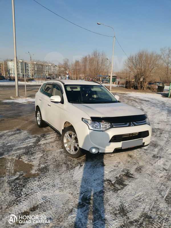 Mitsubishi Outlander, 2013 год, 970 000 руб.