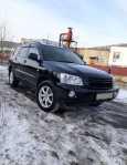 Toyota Kluger V, 2002 год, 522 000 руб.