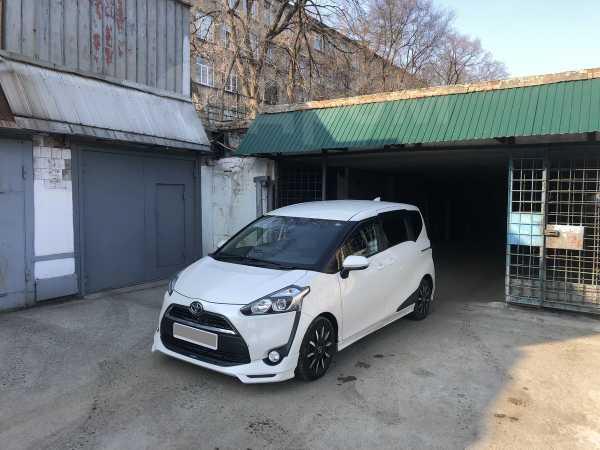 Toyota Sienta, 2017 год, 720 000 руб.