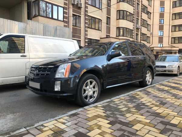 Cadillac SRX, 2004 год, 350 000 руб.