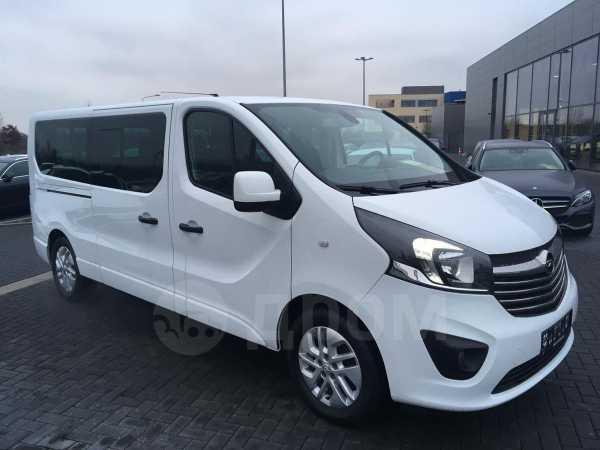 Opel Vivaro, 2015 год, 1 500 000 руб.