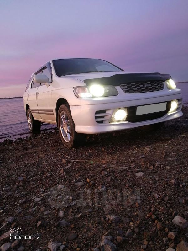 Nissan R'nessa, 2001 год, 343 343 руб.