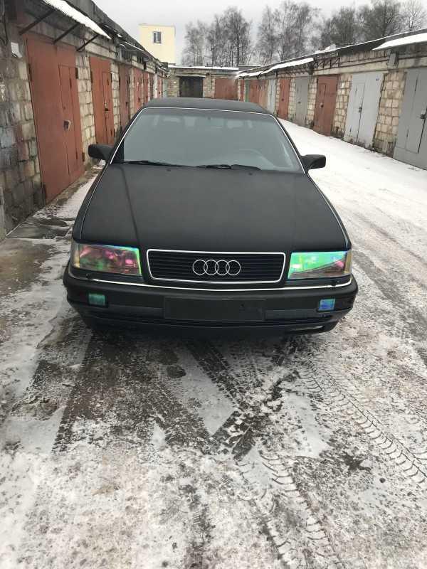 Audi V8, 1998 год, 195 000 руб.