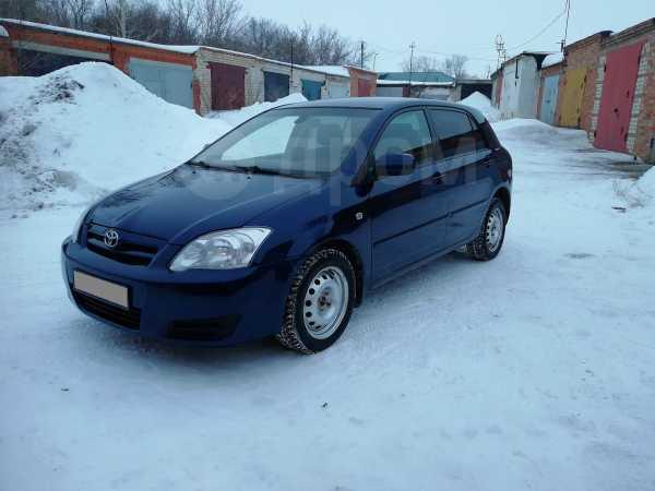 Toyota Corolla, 2004 год, 298 000 руб.