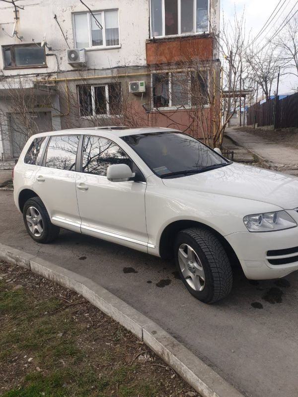 Volkswagen Touareg, 2005 год, 560 000 руб.