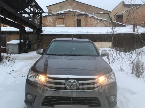 Toyota Hilux Pick Up, 2016 год, 1 700 000 руб.
