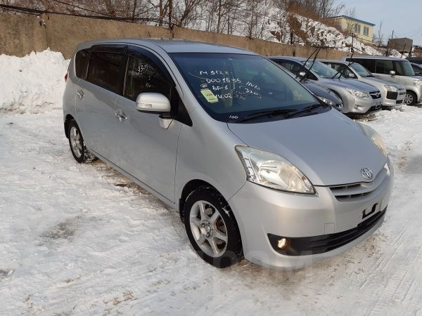 Toyota Passo Sette, 2009 год, 560 000 руб.