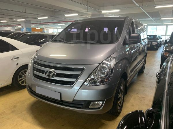 Hyundai Grand Starex, 2017 год, 2 200 000 руб.