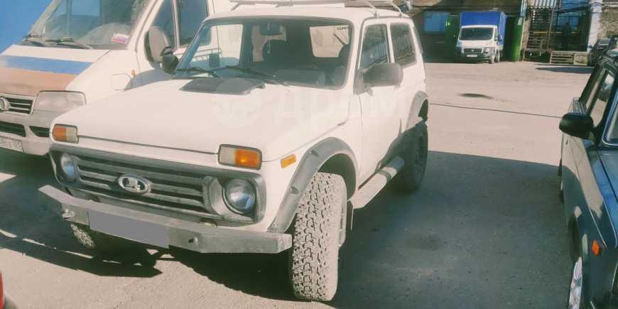Лада 4x4 2121 Нива, 1999 год, 145 000 руб.