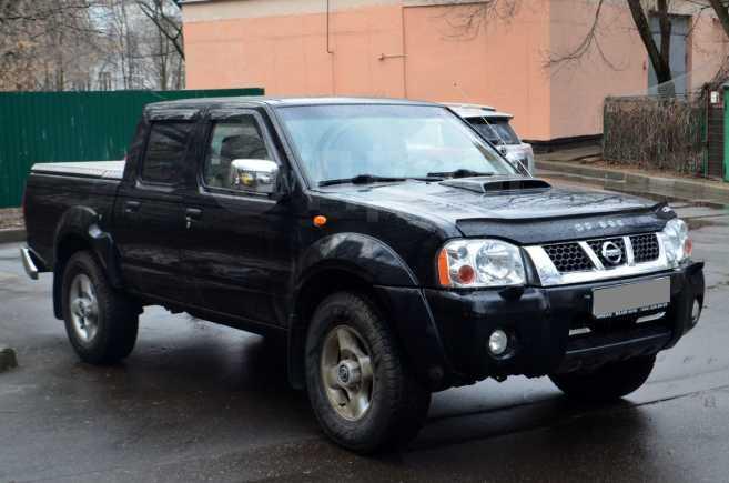 Nissan NP300, 2014 год, 1 000 000 руб.