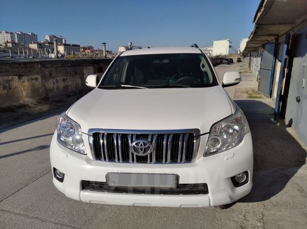 Toyota Land Cruiser Prado, 2011 год, 1 670 000 руб.