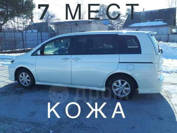 Toyota Isis, 2012 год, 775 000 руб.
