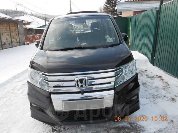 Honda Stepwgn, 2010 год, 900 000 руб.