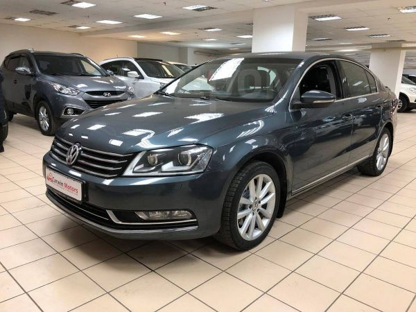 Volkswagen Passat, 2012 год, 666 000 руб.