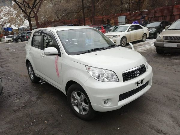 Toyota Rush, 2016 год, 870 000 руб.
