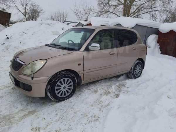 Toyota Duet, 2002 год, 139 999 руб.