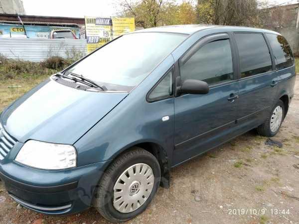Volkswagen Sharan, 2003 год, 325 000 руб.