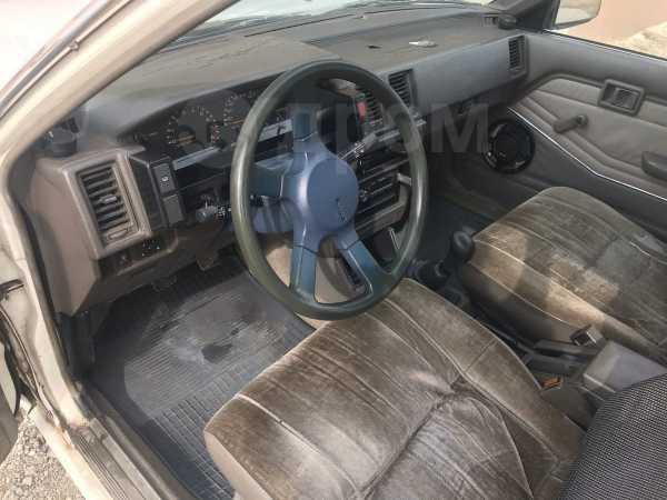 Nissan Bluebird, 1984 год, 50 000 руб.