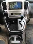 Toyota Alphard, 2006 год, 799 000 руб.