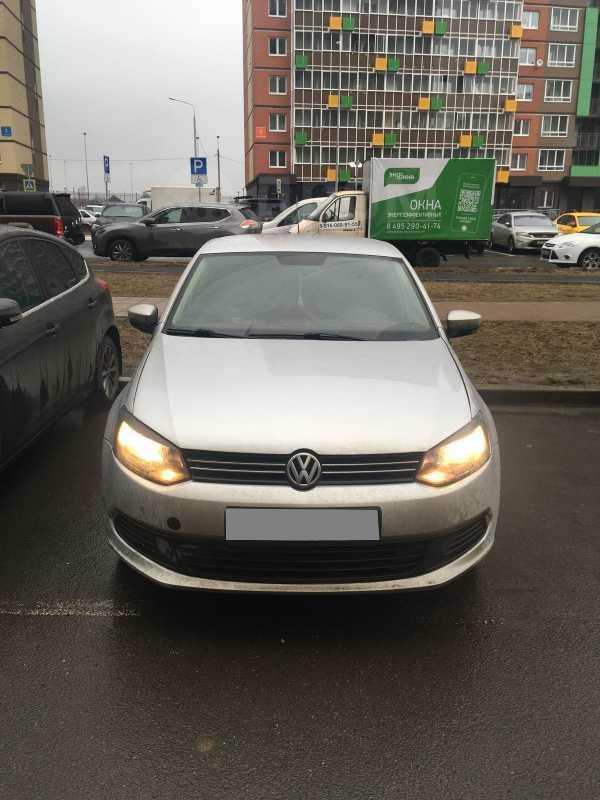 Volkswagen Polo, 2011 год, 315 000 руб.