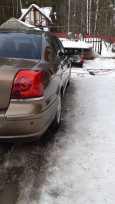 Toyota Avensis, 2004 год, 455 000 руб.