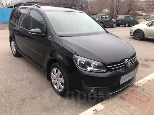 Volkswagen Touran, 2012 год, 550 000 руб.