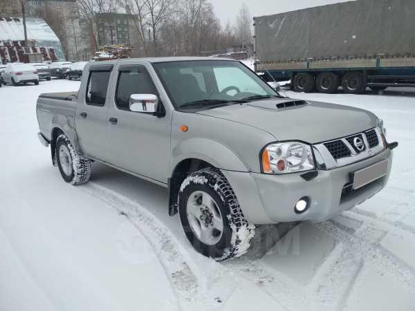 Nissan NP300, 2011 год, 495 000 руб.