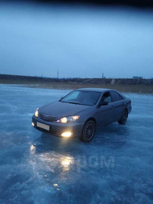 Toyota Camry, 2004 год, 350 000 руб.
