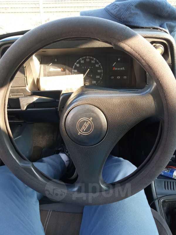 Opel Kadett, 1989 год, 40 000 руб.