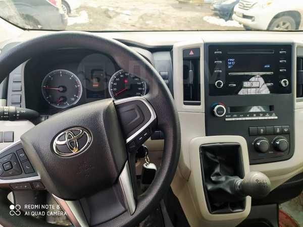 Toyota Hiace, 2019 год, 2 950 000 руб.
